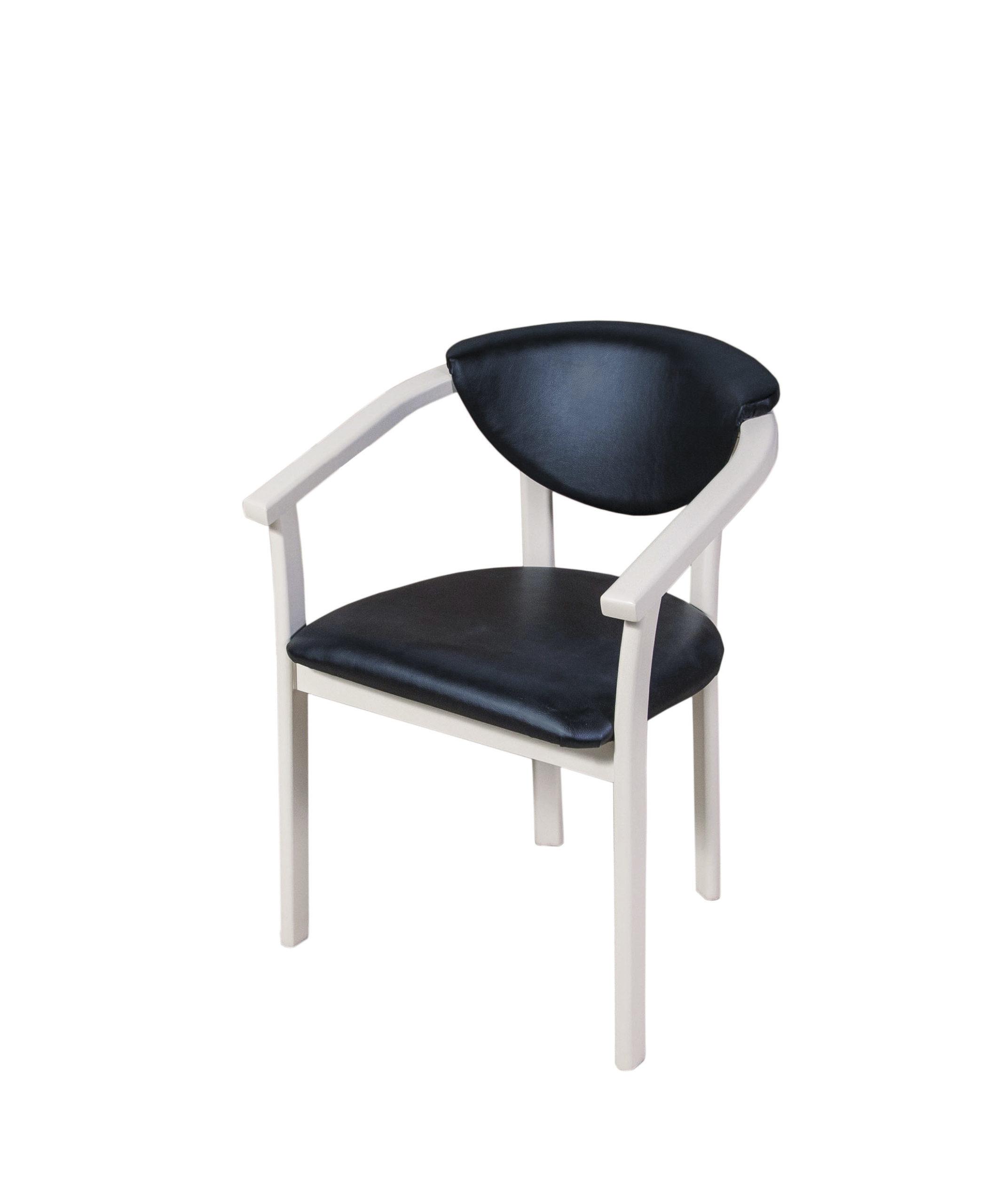 6422. Каркас кресла из массива бука.